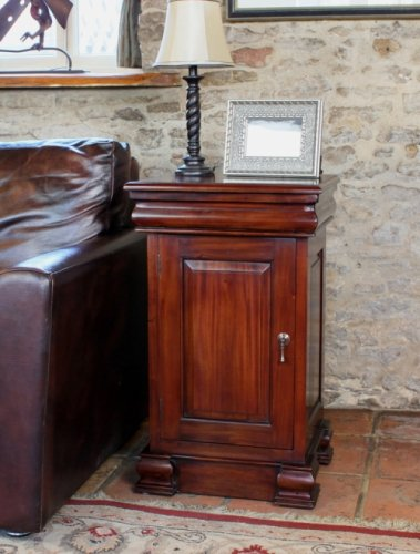 La Roque Cupboard